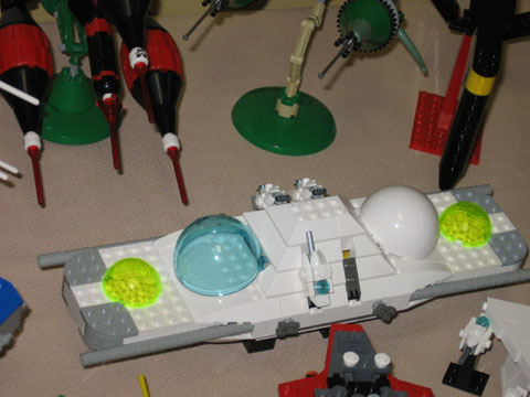 Lego Serial Peacemaker - Side